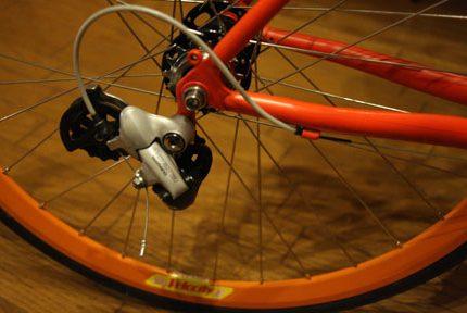 Tokyobike シングル化計画 その3 いらないパーツをはずそう