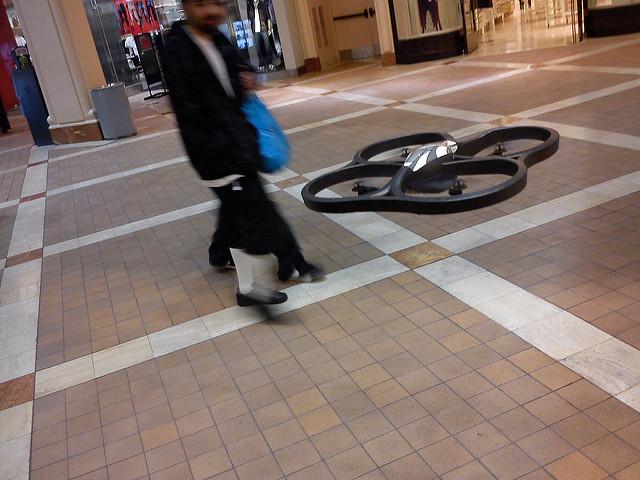 サイクリングを自動で空撮